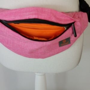 Tinyat Travel Fanny Bag Waist Pack Sling NWOT